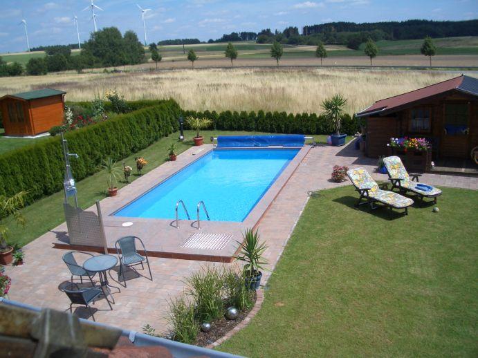 Piscine de jardin avec chauffe piscine solar rapid - Klein zwembad in de kleine tuin ...